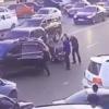 BATINE ZA PAMĆENJE! Ovaj čovek je presekao automobil ruskog političara i gorko zažalio zbog toga! (VIDEO)