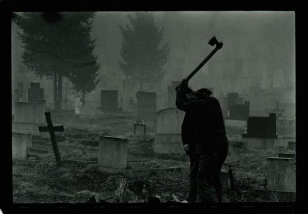 groblje- sekira