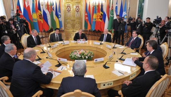 Moskva nudi Srbiji da Beograd bude jedna od 4 prestonice Evroazijske Unije!