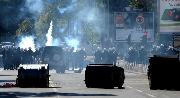 policija- demonstranti- protesti 5