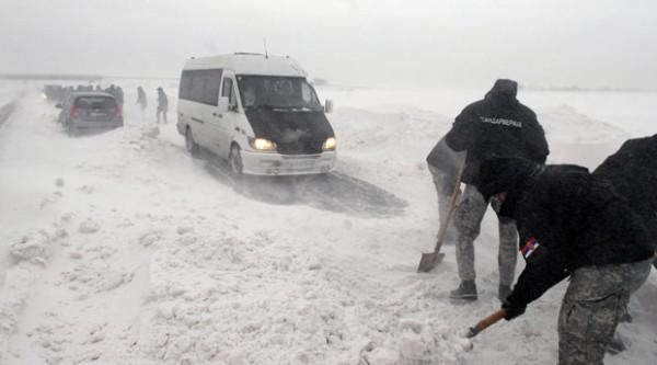 sneg- automobil 3