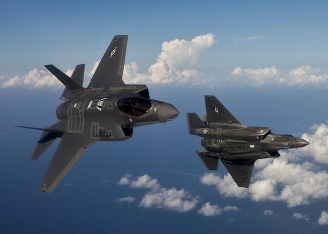 GOMILANJE VOJNIH SNAGA PRED VRATIMA KINEZA: Amerikanci šalju NAJSKUPLJI borbeni AVION na Pacifik! (VIDEO)