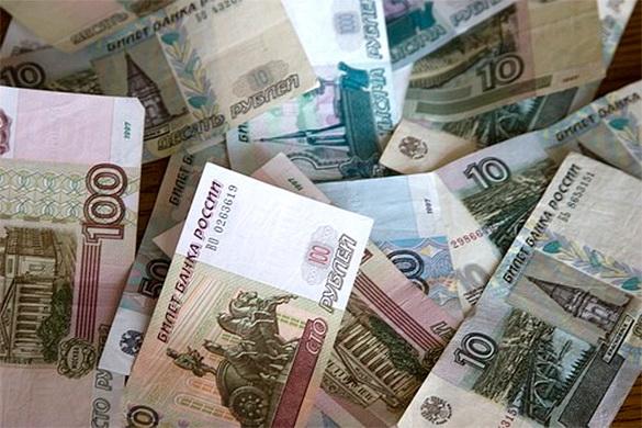 ZAPAD U ŠOKU: Rublja postala najprofitabilnija valuta na svetu, ojačala 12,8% u odnosu na dolar!