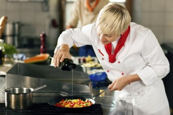 kuvarica-kuvanje-hrana