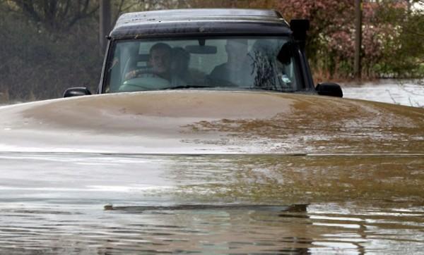 poplava- voda