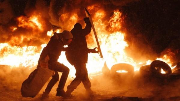 pozar-protesti-demonstranti03