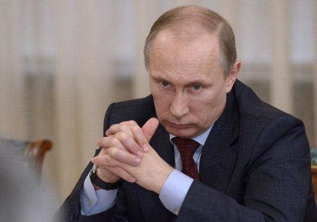 Zapadni mediji tvrde da se Putin povlači iz Sirije, a zapravo se događa ovo…