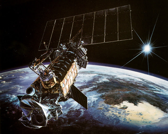 vojni satelit amerika