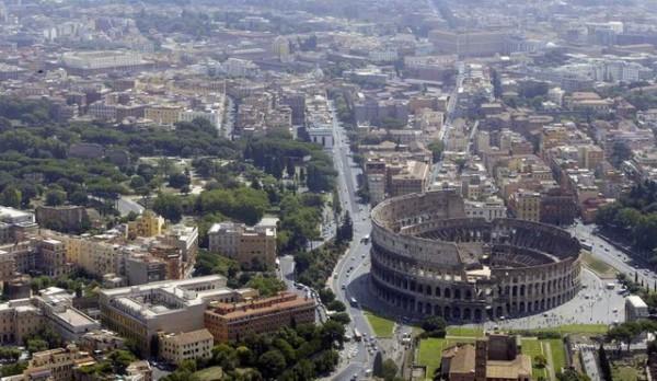 ODBACUJU EVRO: Većina Italijana za povratak lire!