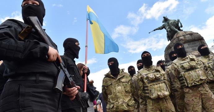 ukrajina- vojska- azov- bataljon