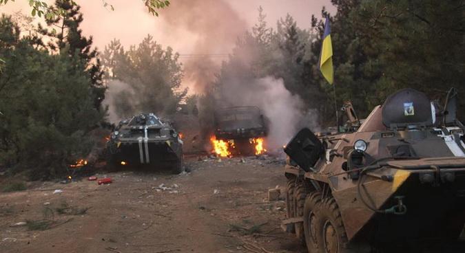 RAT U UKRAJINI- PRORUSKE SNAGE UGROŽENE: Ukrajinska vojska došla na sto metara od odbrambene linije DNR, borbe u toku! (VIDEO)