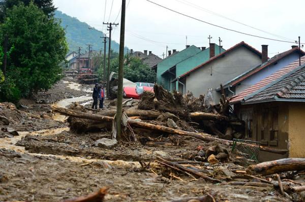 PUSTOŠ: Snimak iz vazduha razorenog sela Tekija kod Kladova!