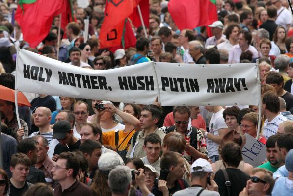 Moskva: Na hiljade demonstranata marširalo protiv rata u Ukrajini i vređalo Putina!- VIDEO
