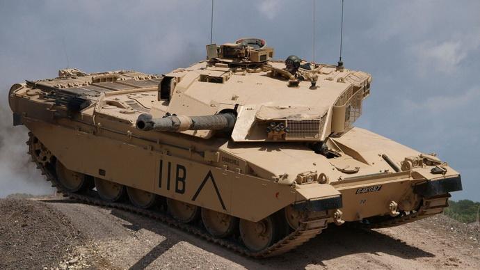 Tihe ratne pripreme: Britanija poručila 600 tenkova u vrednosti od 4,4 milijarde evra!