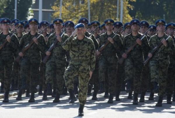 Pripreme za vojnu paradu i Putina: 2.000 vojnika maršira i po 12 sati!- VIDEO