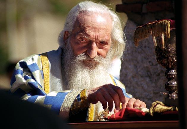 MONAH OTKRIO TAJNE ZAPISE PATRIJARHA PAVLA: VELIKO PROROČANSTVO O KOSOVU I NEVOLJI KOJA ĆE SNAĆI PRAVOSLAVU CRKVU!