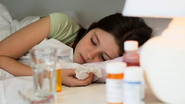 Lekovi-antibiotici-devojcica-dete