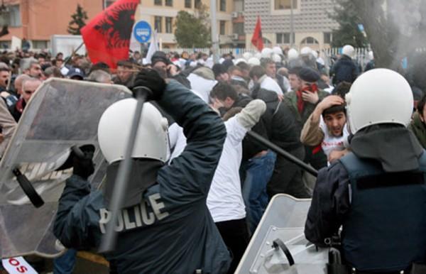 kosovo- protesti