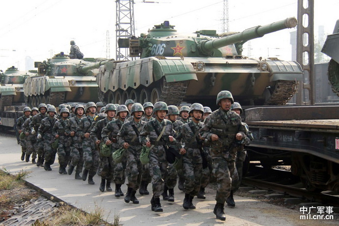 kina- vojska- tenkovi
