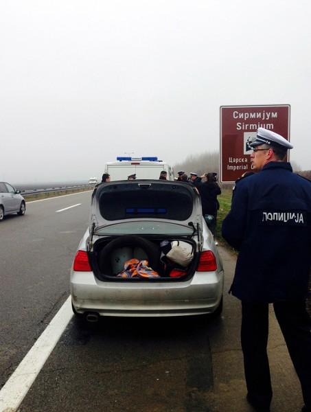 policija- pretres- srbija- auto
