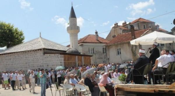 DA JE VIŠE OVAKVIH LJUDI RATA NIKADA NE BI BILO: Pravoslavna porodica godinama šalje novac za održavanje džamije u Trebinju- RAZLOG ĆE VAS ZAPANJITI!