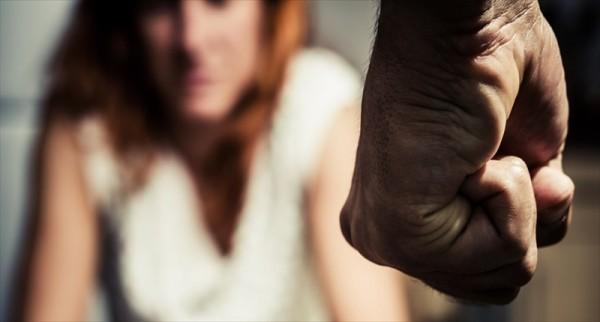zena- muskarac- silovanje
