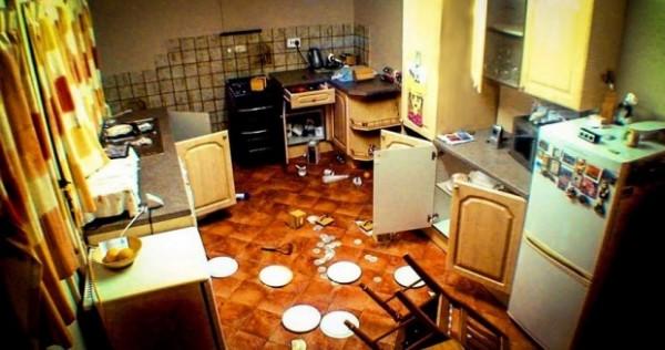 JEZIVO: Postavili su skrivenu kameru u kuhinju i snimili paranormalne aktivnosti (VIDEO)