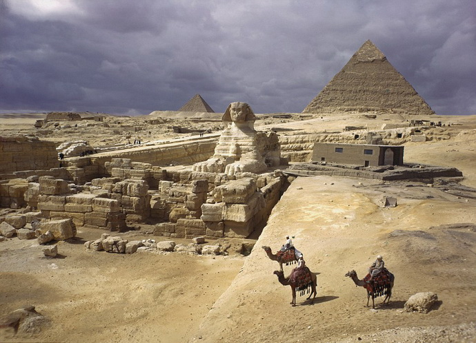 egipat- sfinga- piramide