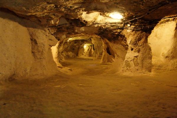 tunel- grad- podzemlje 1