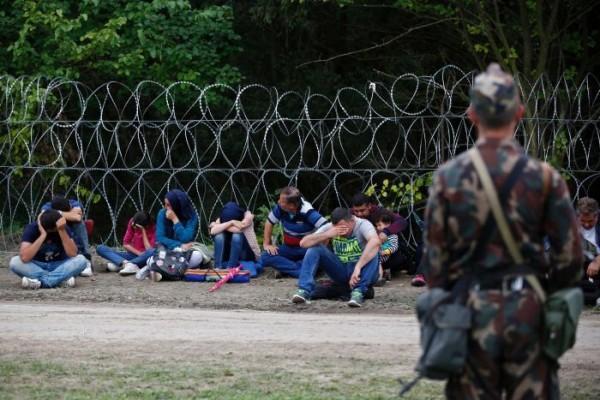 azilanti- imigranti- vojnik