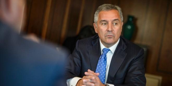 PREOKRET U CRNOJ GORI- SPREMA SE RUŠENJE ĐUKANOVIĆA: Opozicija spremna da napravi manjinsku vladu sa bošnjačkim premijerom- I ALBANCI OKREĆU LEĐA MILU: Hoćemo promene, dosta je bilo!