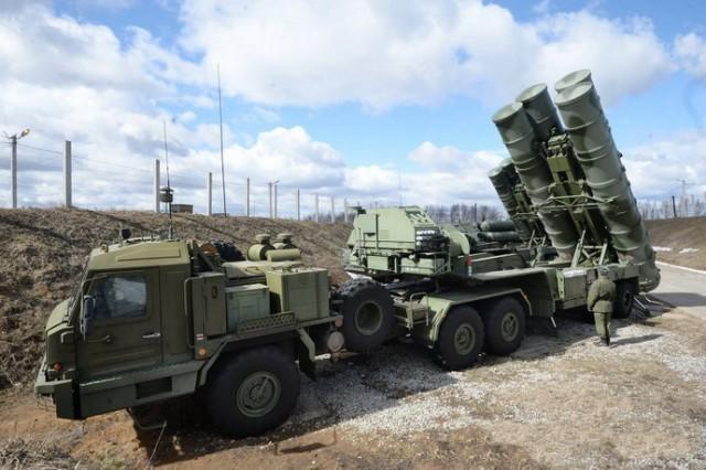 """PUTIN NAPRAVIO MANEVAR KOJI PENTAGON NIJE OČEKIVAO: Rusija razmestila raketne sisteme S-400, bombardere i lovce u Iran, i uklještili Amerikance u """"sendvič""""!"""