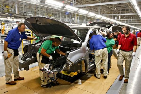 auto- industrija- radnici