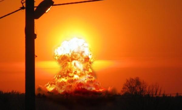 Nuklearna-bomba-eksplozija
