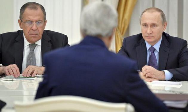 Putin-Lavrov-Keri