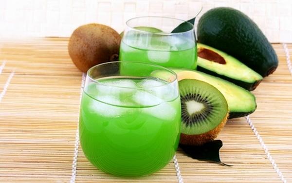koktel-  kiwi- avokado