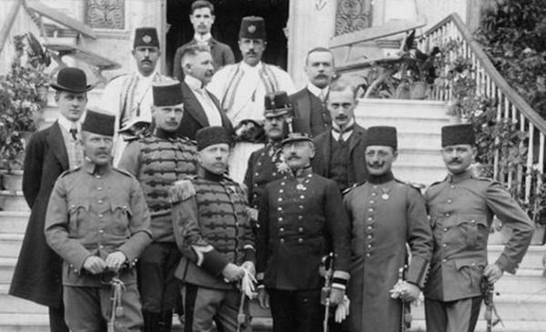 DOKUMENTI IZ BEČKOG CARSKOG ARHIVA POTVRĐUJU: Albansku naciju je konstruisala Austrougarska!