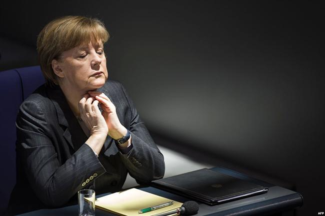 PREOKRET U NEMAČKOJ POLITICI: Merkelova se odlučila na opasno rizičan korak, i po nju, i po državu…