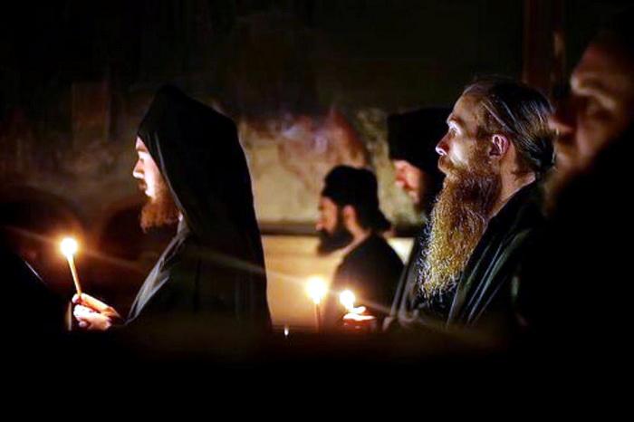 pravoslavlje-crkva-monasi-svestenici