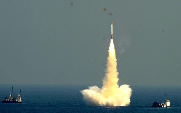 SVET NA IVICI RATA: Severna Koreja lansirala raketu dugog dometa u svemir, HITAN SASTANAK SAVETA BEZBEDNOSTI UN! (VIDEO)