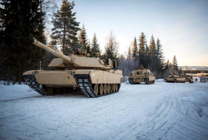 tenkovi- nato- sad- amerika- usa