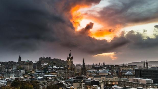 edinburg-nebo- skotska- zmaj