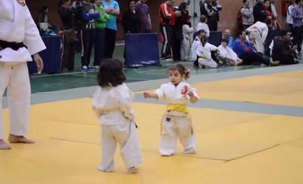 karate- devojcice