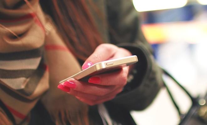 smartfon-telefon