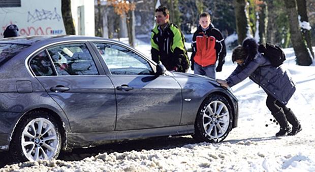 sneg-auto