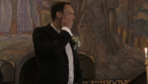 mladozenja-place-svadbi