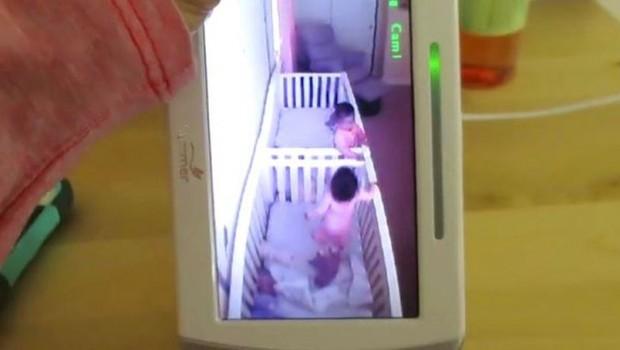 bliznakinje-bebe