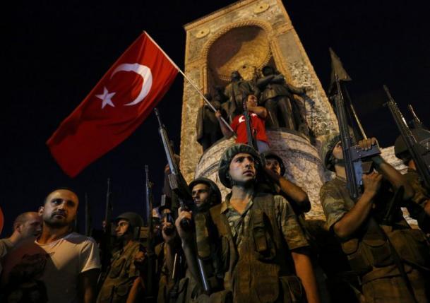Uhapšeni turski general otkrio kako je izveden vojni puč – dobio sam naredbu da zauzmem aerodrom i most na Bosforu