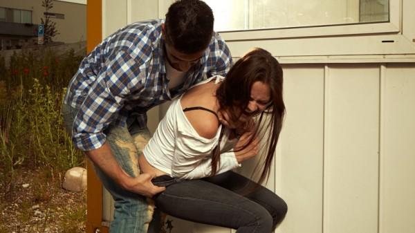 Zlostavljanje-silovanje