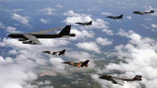 bombarderi- amerika- b52- avion